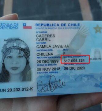 Carnet de identidad con número de documento